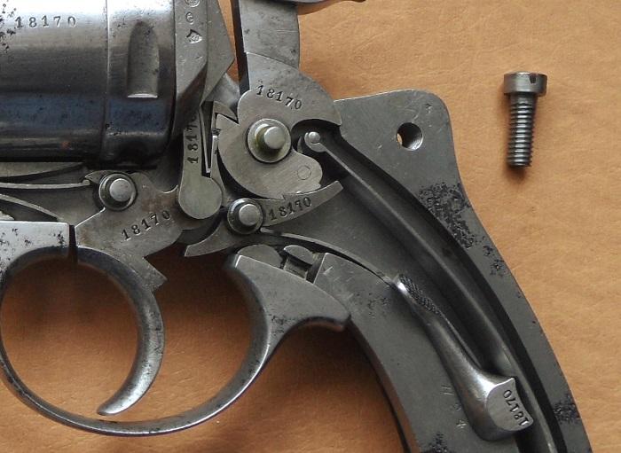 Le Revolver d'ordonnance Français modèle 1873  700_sa17