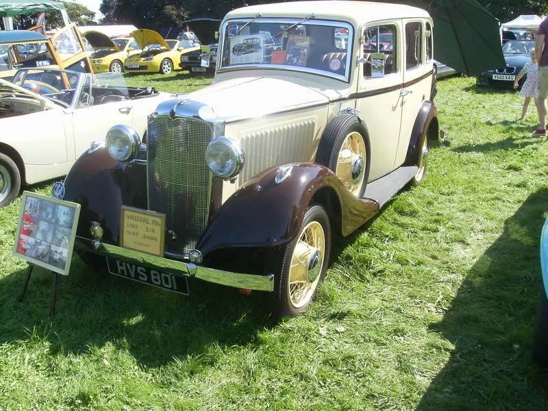 Swaffham Classic Car Show Sany0529