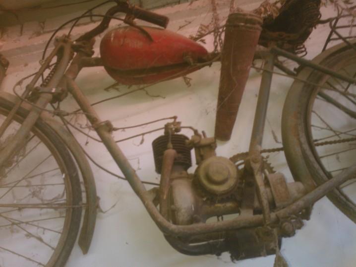 moto totalmente desconocida Wp_00010