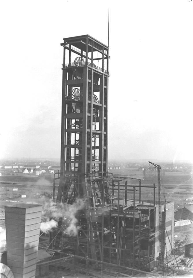 Alte historische Originalaufnahmen der Zeche Walsum 19420610