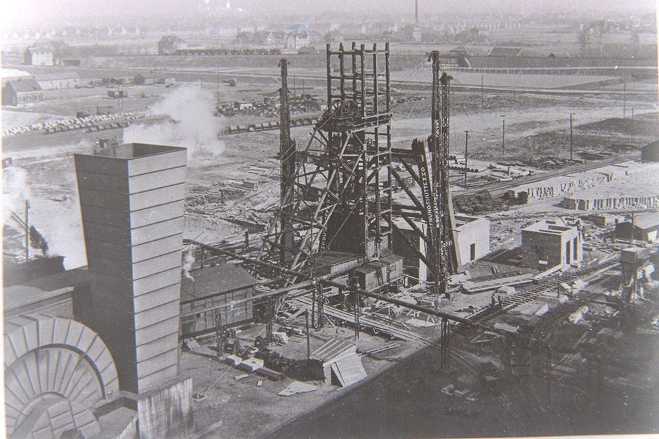 Alte historische Originalaufnahmen der Zeche Walsum 19420710