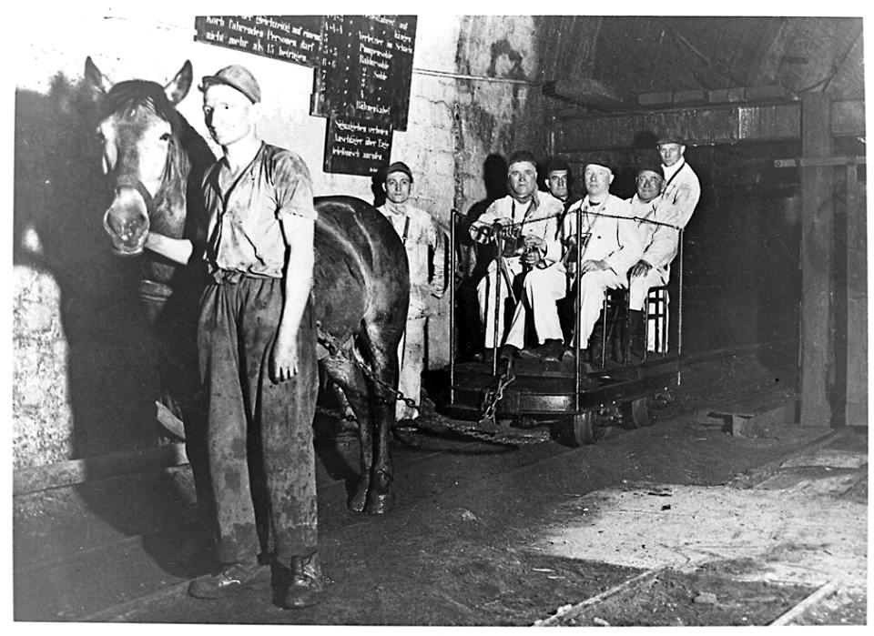 Alte historische Originalaufnahmen der Zeche Walsum 19424010