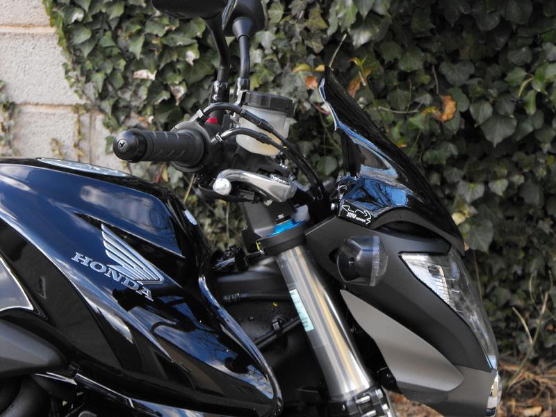 VENDS CB1000R ABS 3800€ à débattre 2009_010