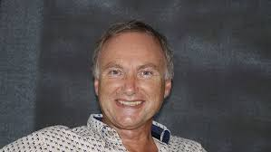 Tony Attwood  Errqez10