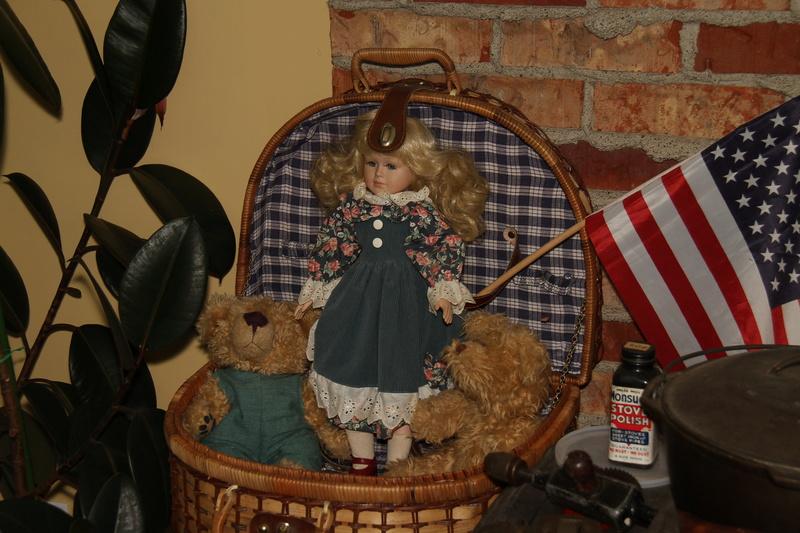 La maison des ours et des poupées (Guyloup) - mise à jour 12-08-2017 Img_4723