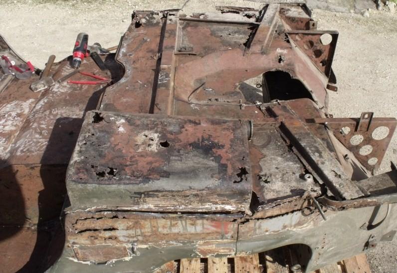 En 1995 je reconstruis une jeep Dscf5410