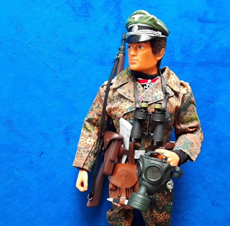 Ardennes 44-German Officer 05010