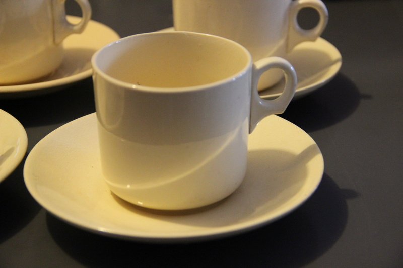 Ambrico e/w cups and saucers like smaller railway cups Img_2712