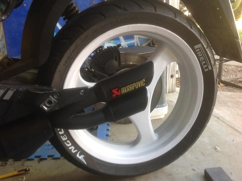 Rear brake light problem Img_1111