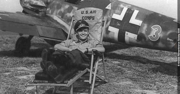 German DAK ME109 fighter pilot . E9dcbb10
