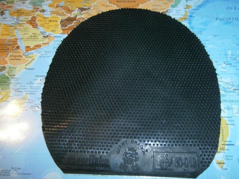 Giant Dragon Snowflake noir OX COMME NEUF P9080010
