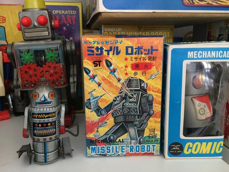 Connaissez-vous les jouets de l'espace d'Anatole Jakovsky ? Img_6321