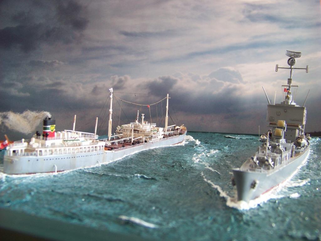Dio : Pétrolier British Sovereign & croiseur Long Beach (Revell 1/500°) par PLEF 100_9615