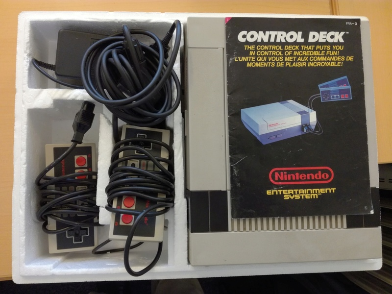 [EST] Console Nintendo NES en boîte (Mario non inclus) Img_2010