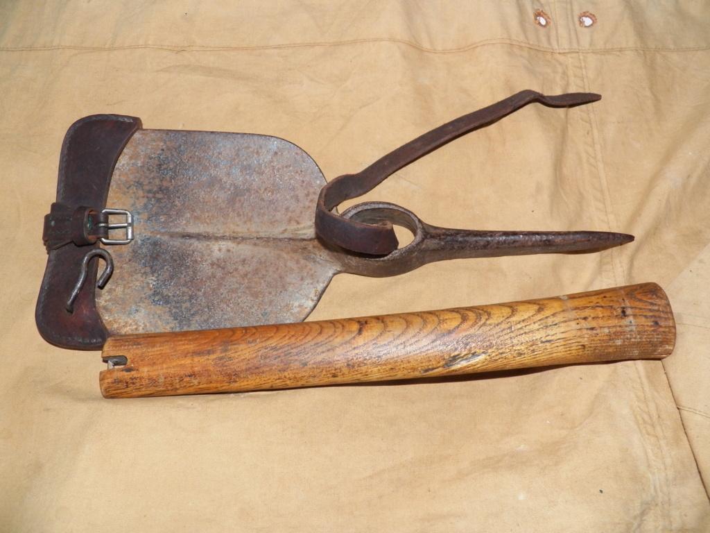 Pelle-pioche Seurre modèle 1909 101_0128