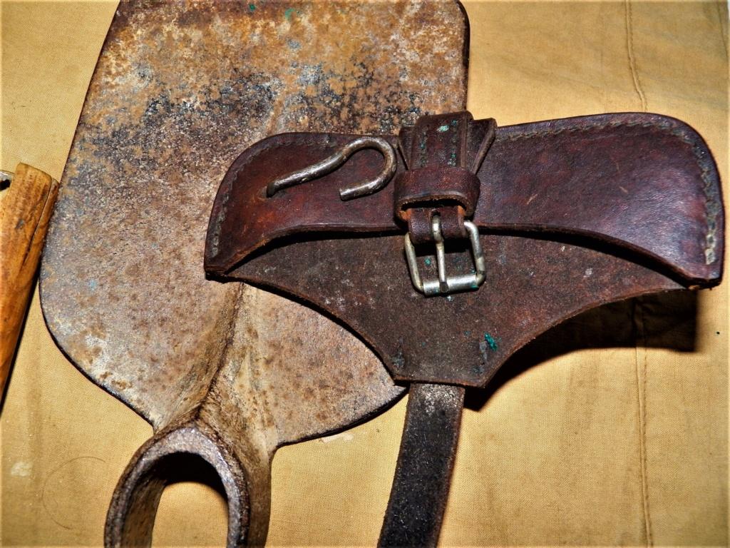 Pelle-pioche Seurre modèle 1909 101_0129