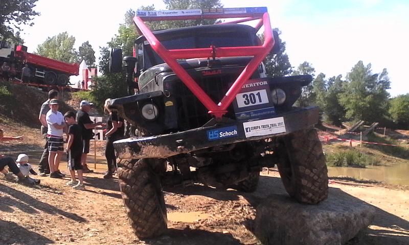 préparer un KT pour l'europa truck trial montalieu Img_2010