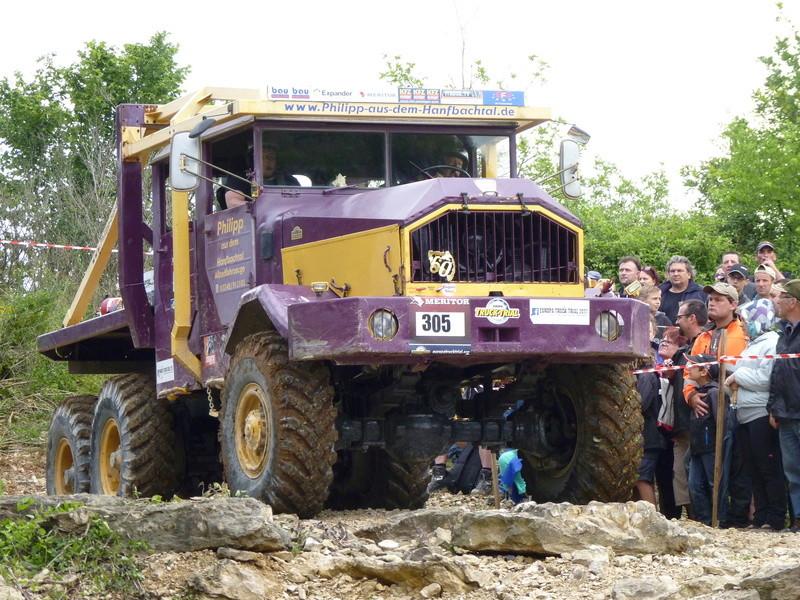 préparer un KT pour l'europa truck trial montalieu P1170910