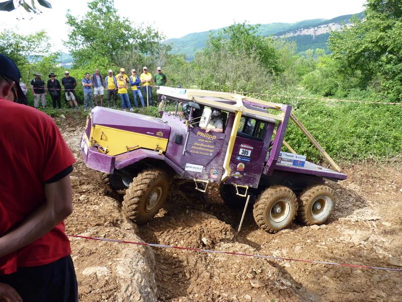 préparer un KT pour l'europa truck trial montalieu P1180011