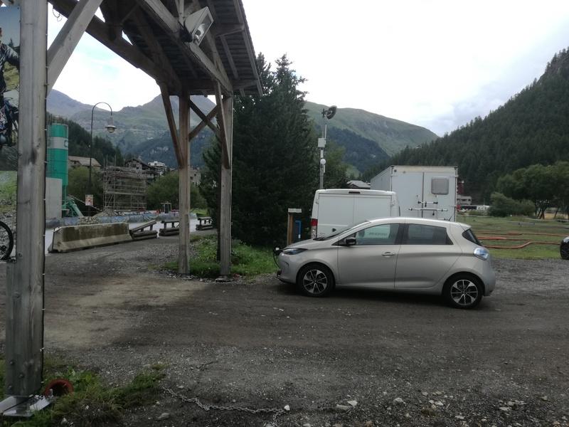 Bourgoin Jallieu - Chamonix par le Galibier, l'Iseran, et le Cormet de Roselend - 440 km Img_2018