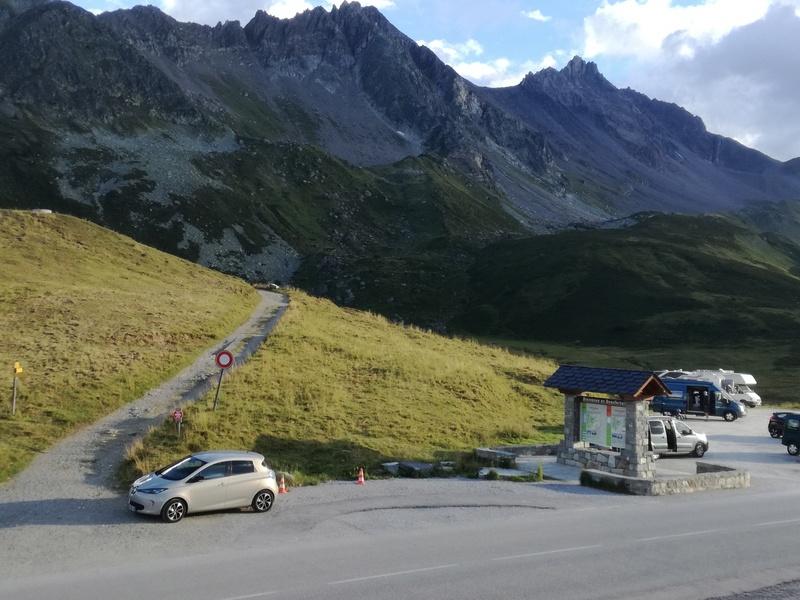 Bourgoin Jallieu - Chamonix par le Galibier, l'Iseran, et le Cormet de Roselend - 440 km Img_2021