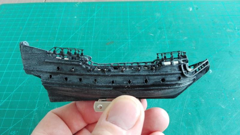 Black Pearl éch: très petite, Long: 160mm, Scratch Img_2055