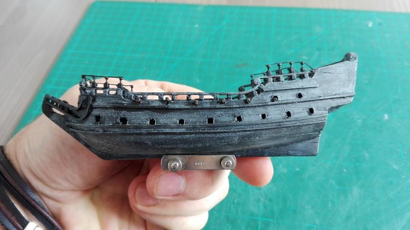 Black Pearl éch: très petite, Long: 160mm, Scratch Img_2060