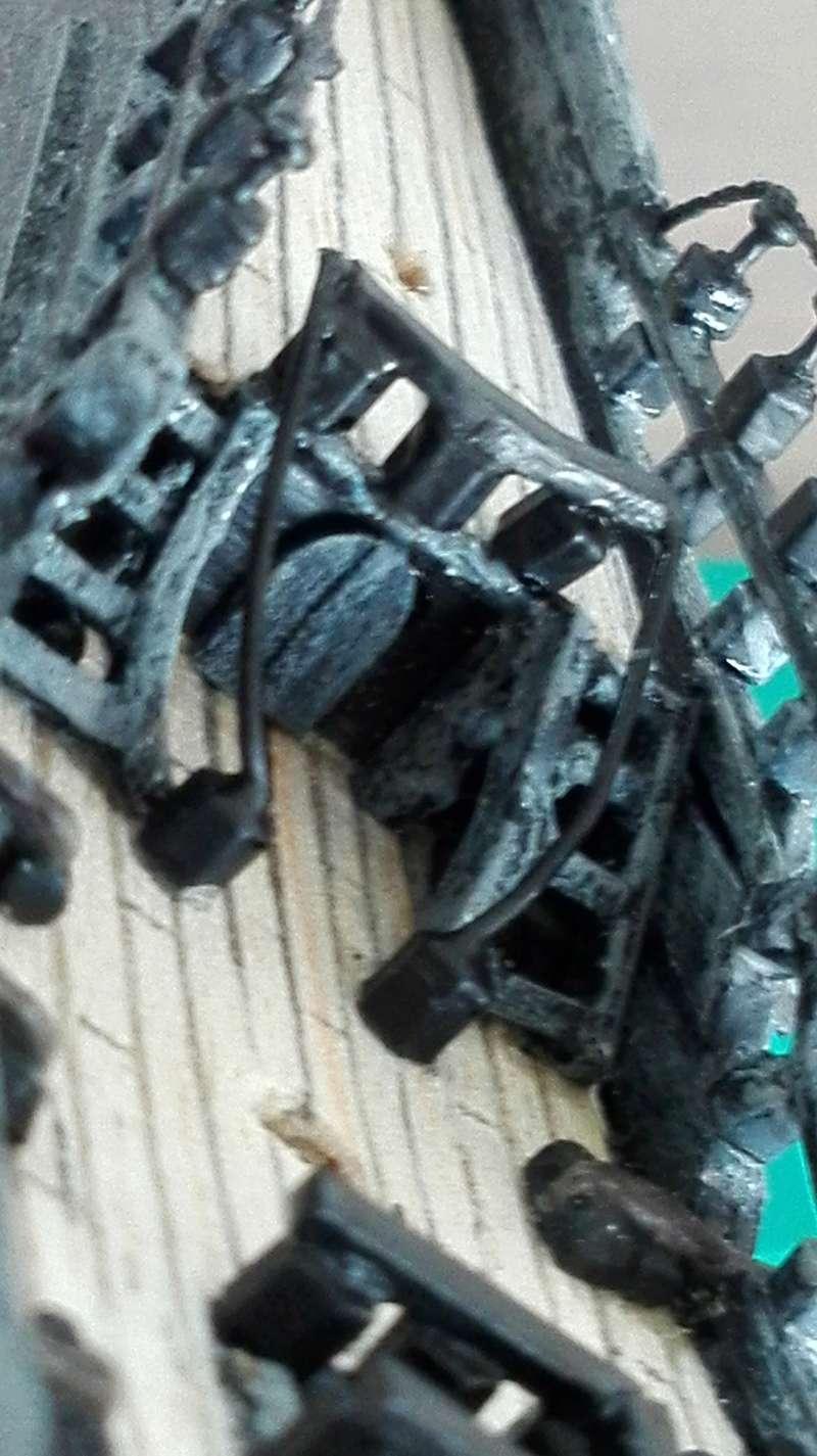 Black Pearl éch: très petite, Long: 160mm, Scratch Img_2064