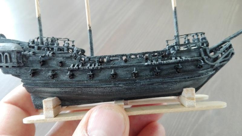Black Pearl éch: très petite, Long: 160mm, Scratch Img_2077