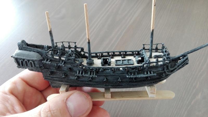 Black Pearl éch: très petite, Long: 160mm, Scratch Img_2078