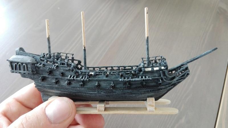 Black Pearl éch: très petite, Long: 160mm, Scratch Img_2079