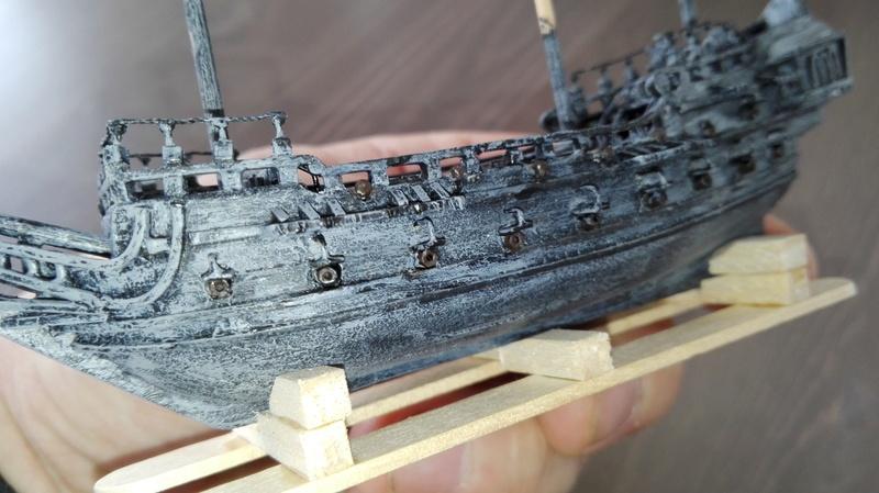 Black Pearl éch: très petite, Long: 160mm, Scratch Img_2084