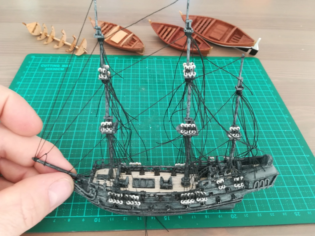 Black Pearl éch: très petite, Long: 160mm, Scratch Img_2129