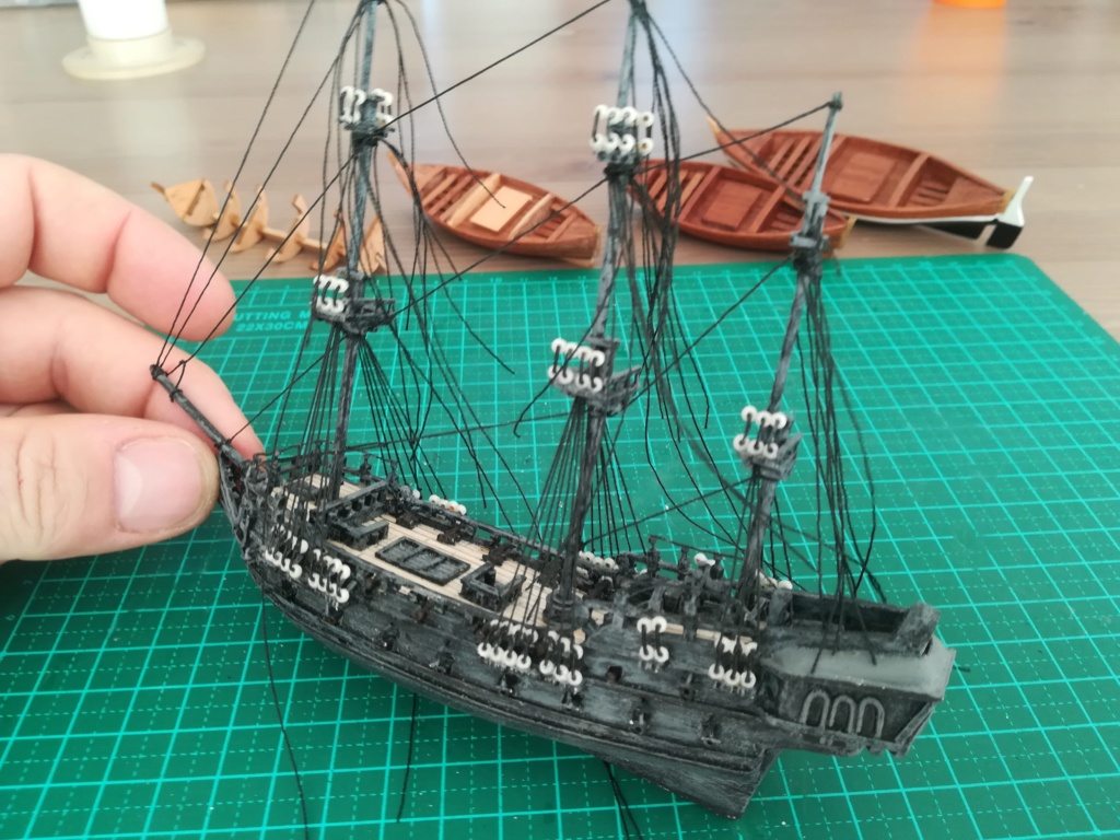 Black Pearl éch: très petite, Long: 160mm, Scratch Img_2131
