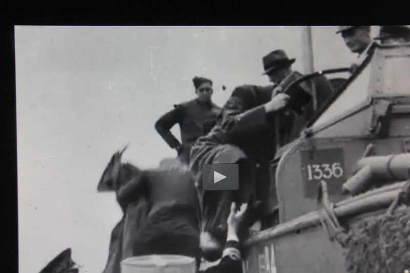 GMC DUKW et Général De Gaulle Italeri 1/35 00121