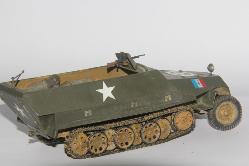 Sdkfz 251/1 Ausf D Escadron Besnier , Tamiya 1:35 01510
