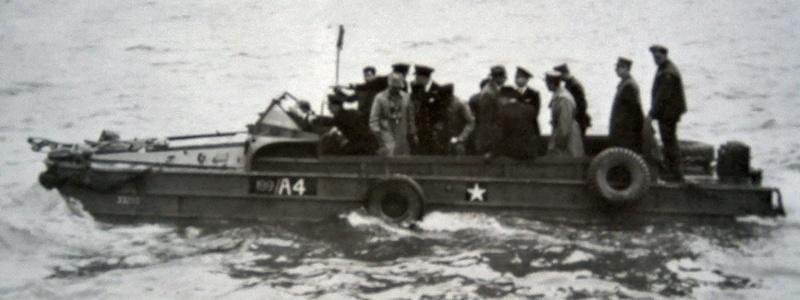 GMC DUKW et Général De Gaulle Italeri 1/35 Dukw_d10