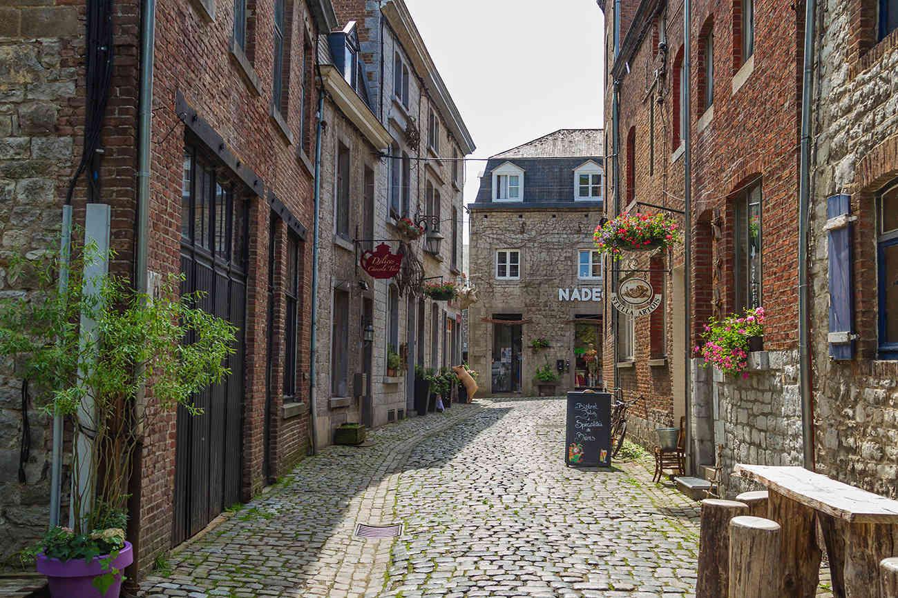 Dans les petites rue de Durbuy... + ajout Rue_du12
