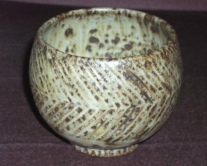 Stoneware teabowl 100_3412