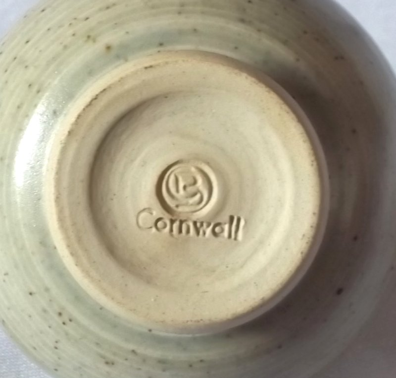 Cornwall pot - Clive Bailey  100_3432