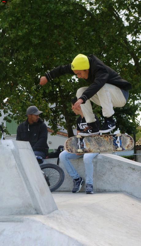 Le skatepark de Rochefort, c'est du béton !!!! Imgp2510