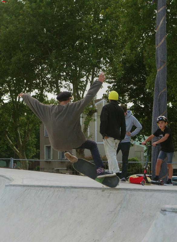 Le skatepark de Rochefort, c'est du béton !!!! Imgp2611