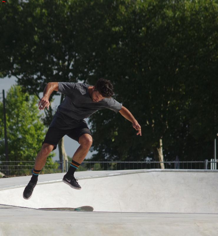 Le skatepark de Rochefort, c'est du béton !!!! Imgp2714