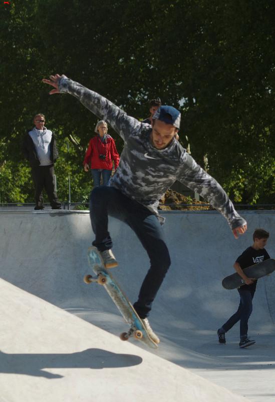 Le skatepark de Rochefort, c'est du béton !!!! Imgp2810