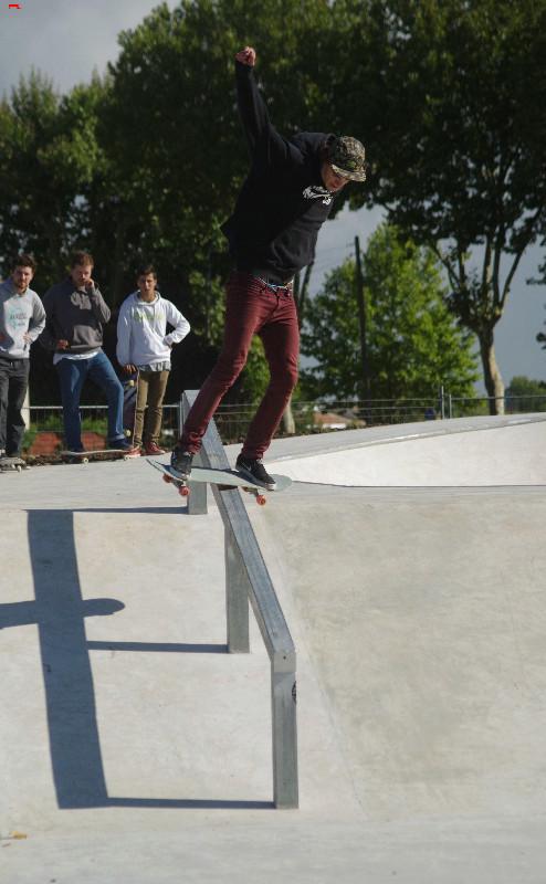 Le skatepark de Rochefort, c'est du béton !!!! Imgp2910