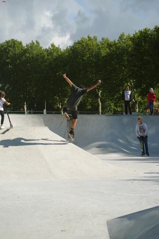 Le skatepark de Rochefort, c'est du béton !!!! Imgp2911