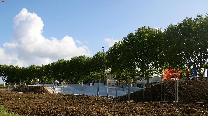 Le skatepark de Rochefort, c'est du béton !!!! Imgp3015