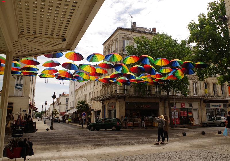 Les parapluies de Rochefort Imgp5913