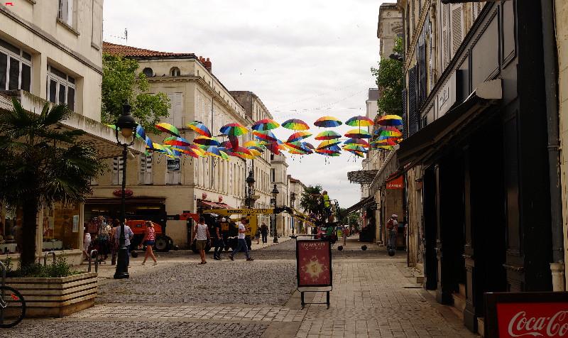 Les parapluies de Rochefort Imgp5915