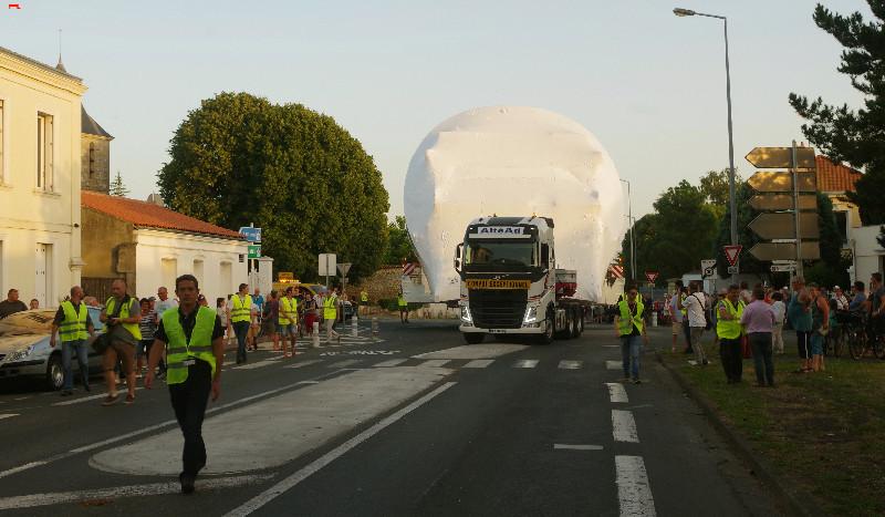 Belouga XL la traversée de Rochefort Imgp9011